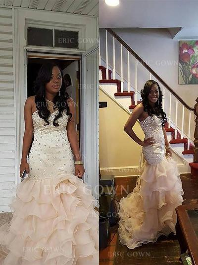 Trumpet/Mermaid Sweetheart Sweep Train Prom Dresses With Beading (018217352)