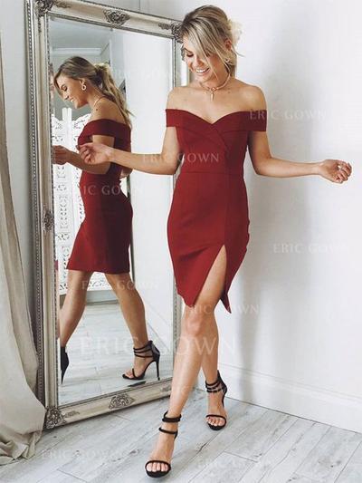 A-Line/Princess Off-the-Shoulder Knee-Length Satin Cocktail Dresses With Split Front (016217720)