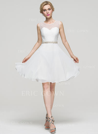 A-Line/Princess Scoop Neck Knee-Length Chiffon Homecoming Dresses With Beading (022214120)