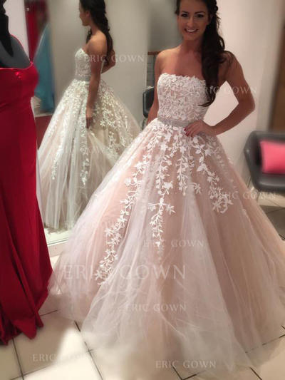 Ball-Gown Tulle Sleeveless Strapless Court Train Wedding Dresses (002144890)