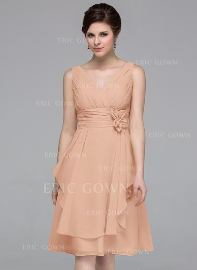 A-Line/Princess Chiffon Bridesmaid Dresses Flower(s) Cascading Ruffles V-neck Sleeveless Knee-Length (007062996)