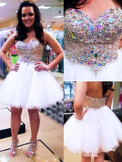 A-Line/Princess Sweetheart Knee-Length Homecoming Dresses With Beading (022212325)