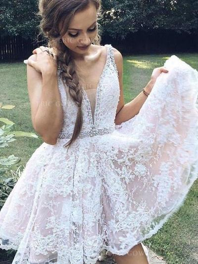 A-Line/Princess V-neck Short/Mini Cocktail Dresses With Beading Appliques Lace (016218358)