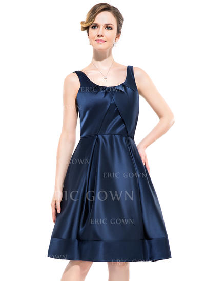 A-Line/Princess Satin Bridesmaid Dresses Ruffle Scoop Neck Sleeveless Knee-Length (007052349)