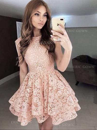 A-Line/Princess Scoop Neck Short/Mini Lace Cocktail Dresses With Ruffle (016217677)