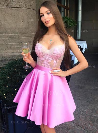 A-Line/Princess Sweetheart Short/Mini Cocktail Dresses With Appliques Lace (016217733)
