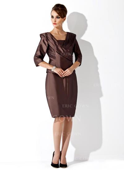Sheath/Column Taffeta Sleeveless Strapless Knee-Length Zipper Up Mother of the Bride Dresses (008006168)