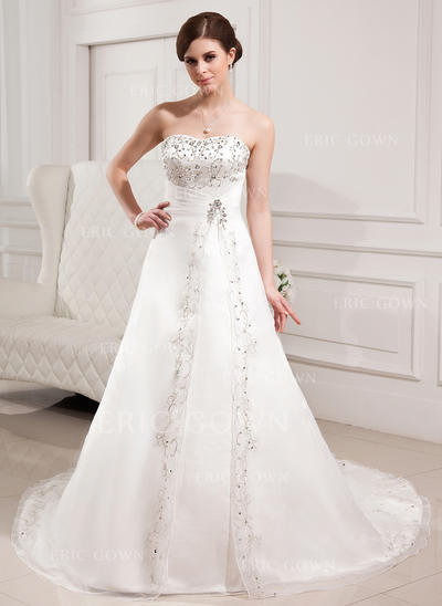 A-Line/Princess Sweetheart Chapel Train Wedding Dresses With Beading (002000305)