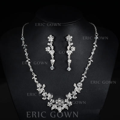 Jewelry Sets Alloy/Rhinestones Lobster Clasp Pierced Ladies' Wedding & Party Jewelry (011167378)