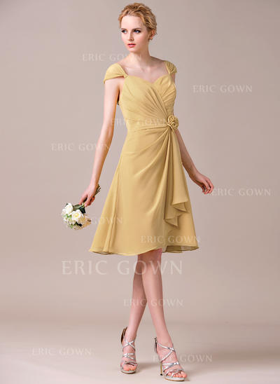 A-Line/Princess Sweetheart Knee-Length Bridesmaid Dresses With Flower(s) Cascading Ruffles (007198737)