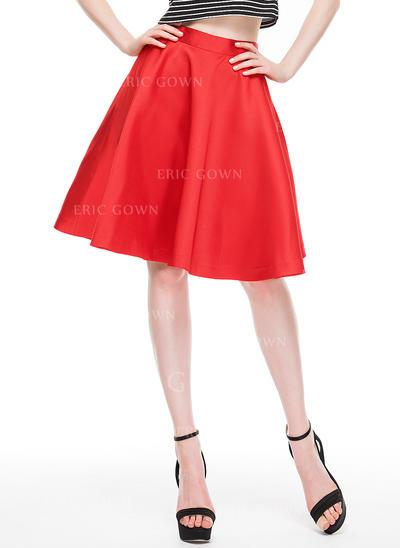 A-Line/Princess Knee-Length Satin Cocktail Dress (016087556)