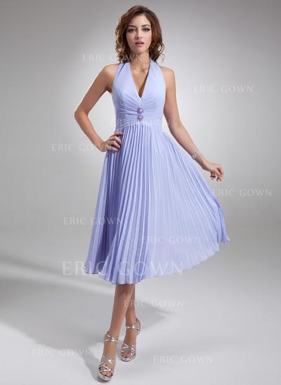 A-Line/Princess Chiffon Bridesmaid Dresses Beading Pleated Halter Sleeveless Knee-Length (007001067)