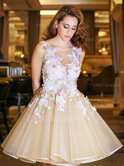 Ball-Gown V-neck Knee-Length Tulle Homecoming Dresses With Appliques Lace (022212424)