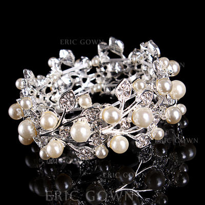 Bracelets Alloy/Rhinestones Ladies' Fashional Wedding & Party Jewelry (011167404)