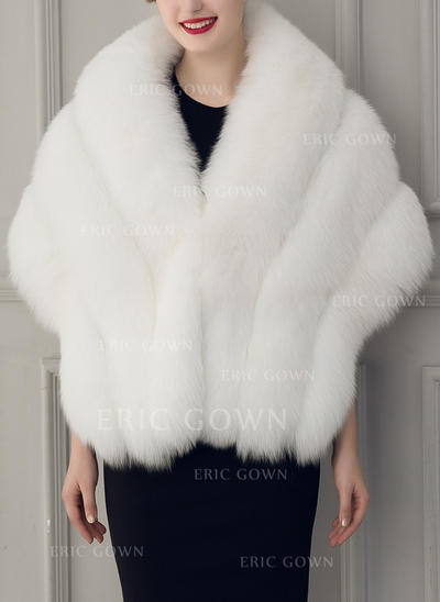 Wrap Fashion Faux Fur Half-Sleeve With Bow Wraps (013150546)