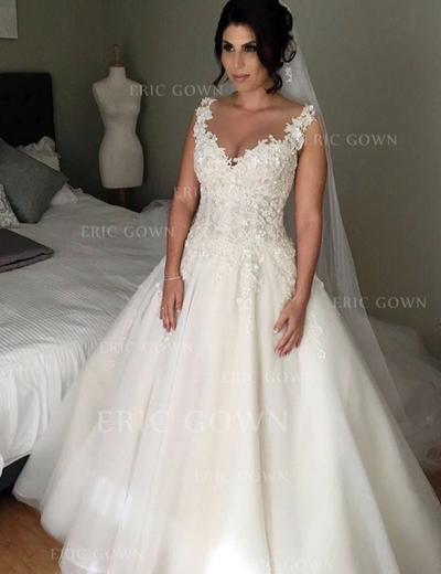 Ball-Gown Tulle Sleeveless V-neck Court Train Wedding Dresses (002146266)