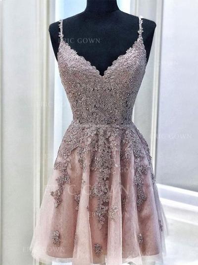 A-Line/Princess V-neck Short/Mini Cocktail Dresses With Beading Appliques (016219364)