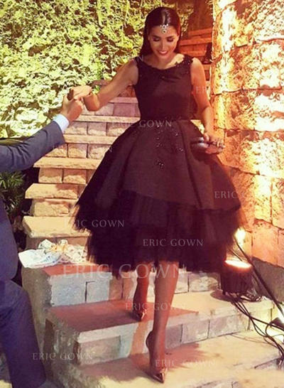 A-Line/Princess Scoop Neck Knee-Length Tulle Homecoming Dresses With Beading (022212284)