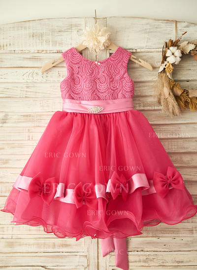 A-Line/Princess Scoop Neck Knee-length With Bow(s)/Rhinestone Sleeveless Flower Girl Dresses (010211667)