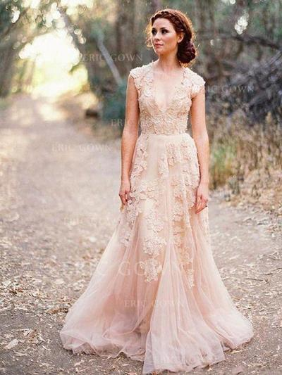 A-Line/Princess V-neck Sweep Train Wedding Dresses With Appliques Lace (002217952)