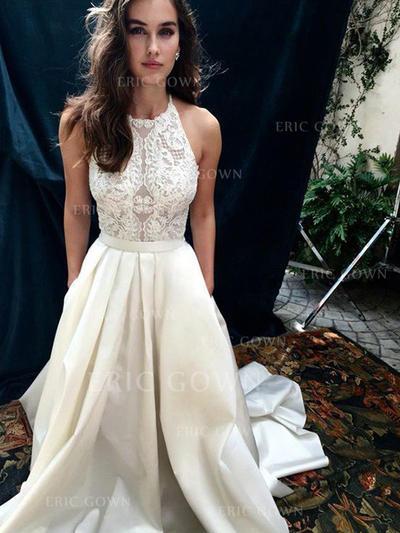 A-Line/Princess Scoop Neck Chapel Train Wedding Dresses With Lace (002217953)