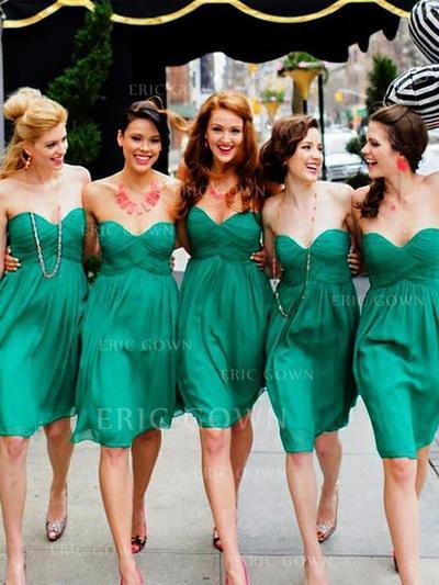 A-Line/Princess Sweetheart Short/Mini Bridesmaid Dresses With Ruffle (007218570)