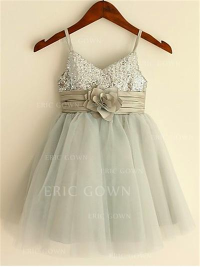 A-Line/Princess Straps Knee-length With Flower(s) Tulle/Sequined Flower Girl Dresses (010211888)