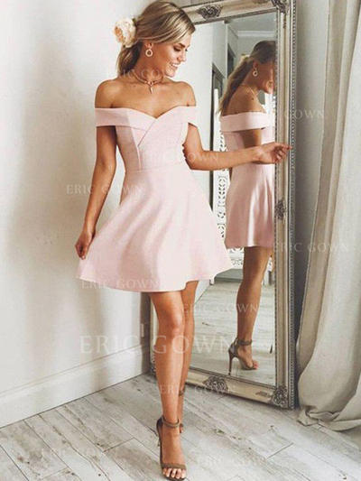 A-Line/Princess Off-the-Shoulder Short/Mini Stretch Crepe Homecoming Dresses With Ruffle (022212446)