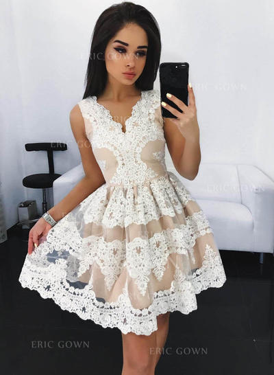 A-Line/Princess V-neck Short/Mini Lace Homecoming Dresses With Ruffle (022212408)