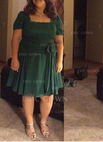 A-Line/Princess Chiffon Short Sleeves Square Neckline Knee-Length Zipper Up Mother of the Bride Dresses (008212748)