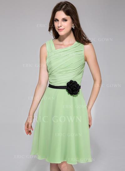 A-Line/Princess Chiffon Bridesmaid Dresses Ruffle Sash Flower(s) Sleeveless Knee-Length (007198071)
