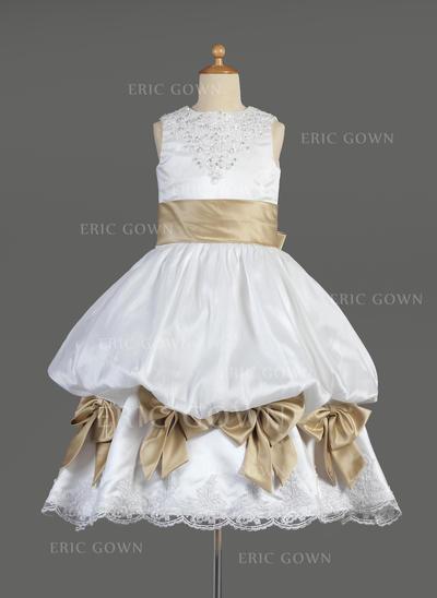 Gorgeous Scoop Neck Empire Flower Girl Dresses Tea-length Satin Sleeveless (010014610)