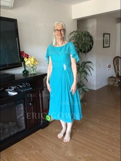 A-Line/Princess Chiffon Short Sleeves Scoop Neck Tea-Length Zipper Up Mother of the Bride Dresses (008212727)