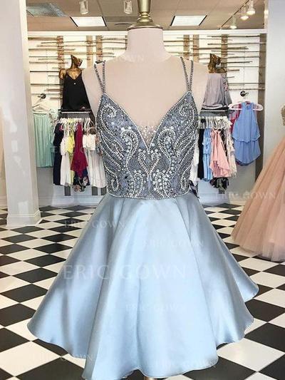 A-Line/Princess V-neck Short/Mini Homecoming Dresses With Beading (022216222)