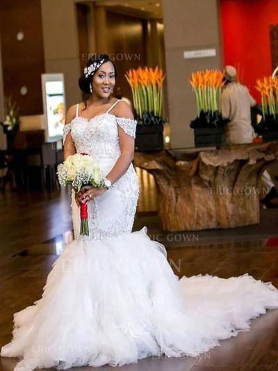 Trumpet/Mermaid Tulle Sleeveless Off-The-Shoulder Court Train Wedding Dresses (002147986)