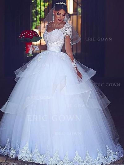 Ball-Gown Sweetheart Floor-Length Wedding Dresses With Lace Cascading Ruffles (002217902)
