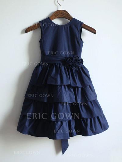 A-Line/Princess Scoop Neck Tea-length With Sash/Flower(s) Satin Flower Girl Dresses (010212015)