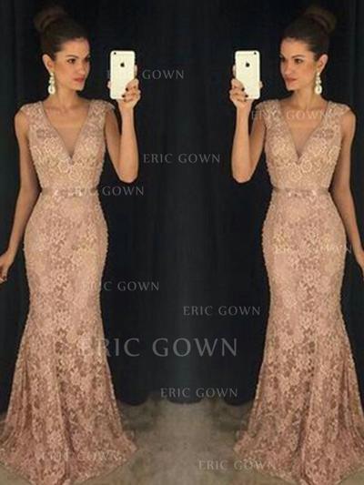 Fashion Lace Evening Dresses Trumpet/Mermaid Sweep Train V-neck Sleeveless (017213622)