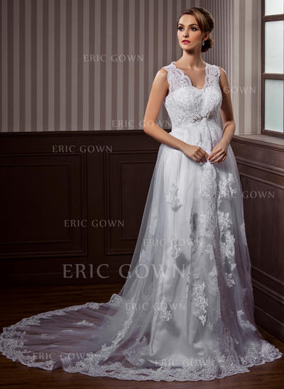 A-Line/Princess Sweetheart Chapel Train Wedding Dresses With Lace Beading (002211272)