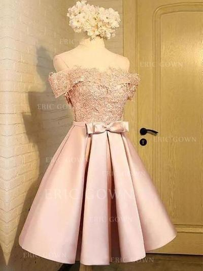 A-Line/Princess Off-the-Shoulder Knee-Length Homecoming Dresses With Appliques Bow(s) (022219300)