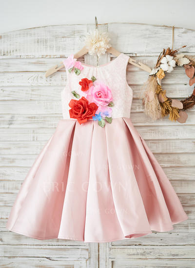 A-Line/Princess Knee-length Flower Girl Dress - Satin/Lace Sleeveless Scoop Neck With Flower(s) (010131735)