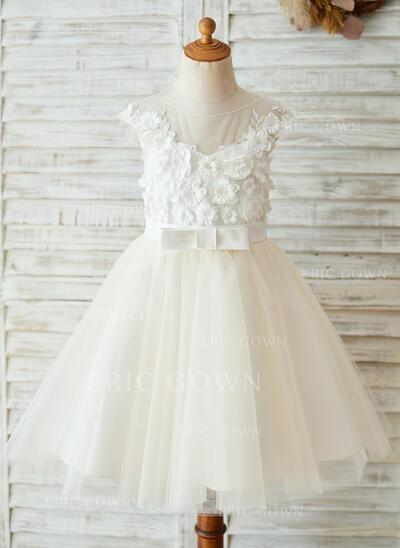 A-Line/Princess Knee-length Flower Girl Dress - Satin/Tulle Sleeveless Scoop Neck With Flower(s) (010153238)