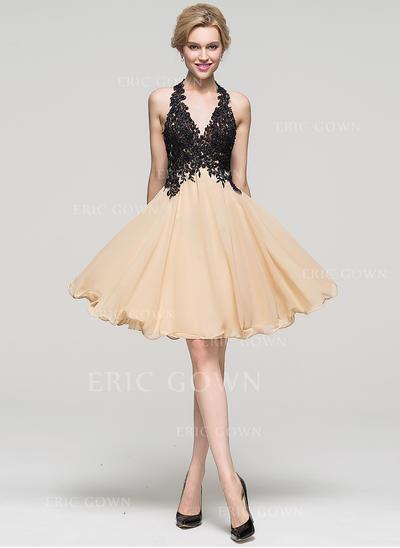 A-Line/Princess Halter Knee-Length Chiffon Homecoming Dresses With Beading Sequins (022214121)