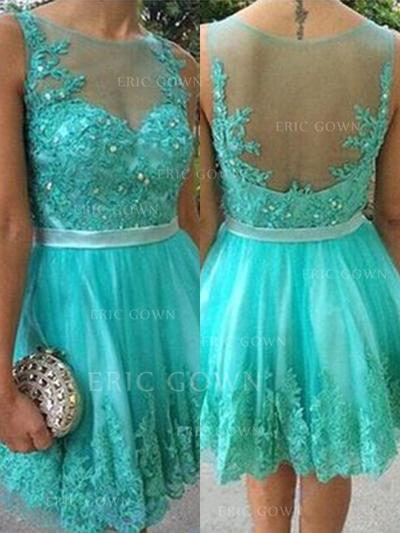 A-Line/Princess Scoop Neck Short/Mini Homecoming Dresses With Sash Beading Appliques Lace (022216259)
