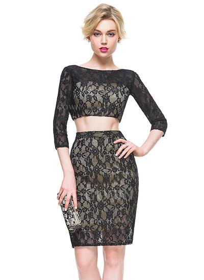 Sheath/Column Scoop Neck Knee-Length Lace Cocktail Dress (016081190)