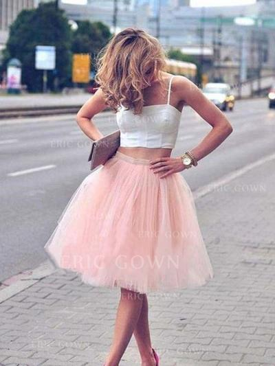 A-Line/Princess Square Neckline Knee-Length Homecoming Dresses With Pleated (022216270)