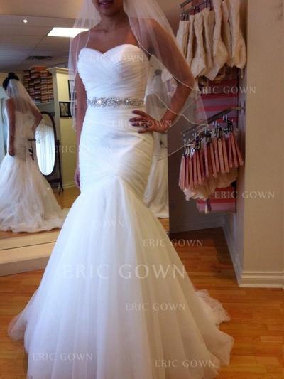 Trumpet/Mermaid Sweetheart Chapel Train Wedding Dresses With Ruffle Beading (002144824)