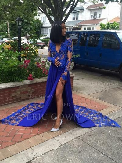 A-Line/Princess V-neck Court Train Prom Dresses With Lace Split Front (018218582)