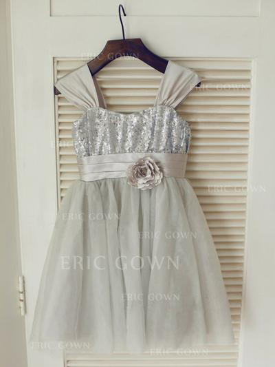 A-Line/Princess Straps Knee-length With Flower(s) Tulle/Sequined Flower Girl Dresses (010211952)