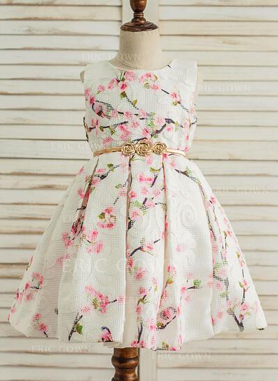 A-Line/Princess Knee-length Flower Girl Dress - Satin/Tulle Sleeveless Scoop Neck (010117551)